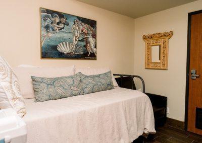 NST-Room-400x284